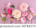 Crepe paper flowers 38788374