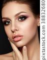 女人 女性 化妆 38832680