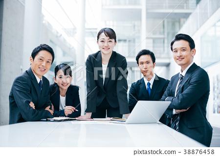 商务人士 商人 男性白领 38876458