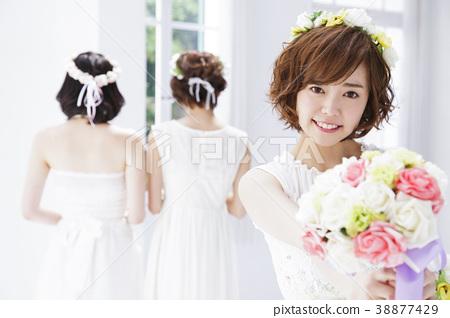 新娘 婚禮 一個年輕成年女性 38877429