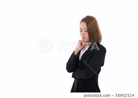 西裝思維的女人 38902524
