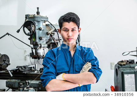 Young Manufacturing Engineer 38910356