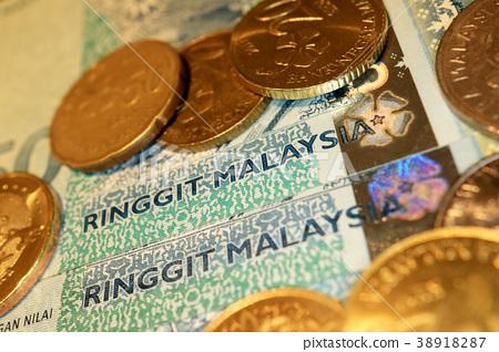 Malaysian ringgit banknotes and coins - Stock Photo [38918287] - PIXTA