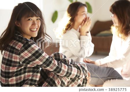 睡衣派對婦女協會 38925775