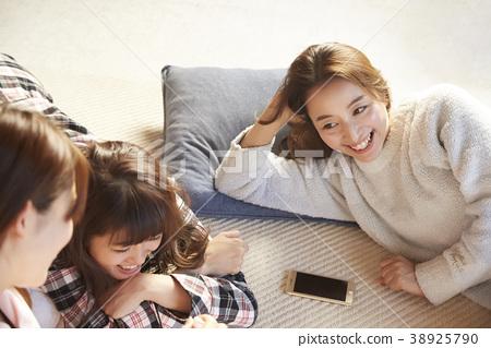 睡衣派對婦女協會 38925790
