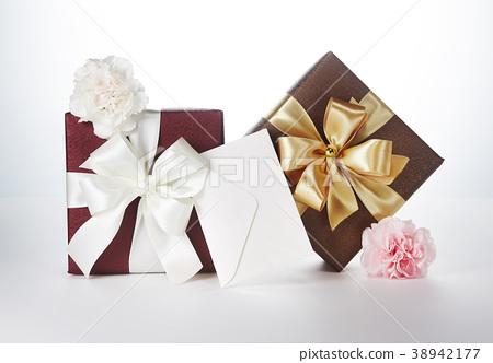 선물 38942177