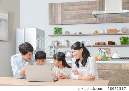 个人电脑 电脑 计算机 38971317