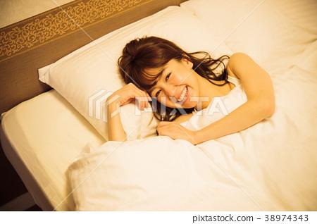 酒店女人睡覺睡覺 38974343