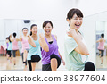 有氧运动健身健美操健身房妇女行使 38977604