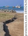running aground, ocean, sea 38992626
