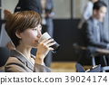 business woman, coffeecup, lifestyle 39024174