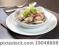 clam or mussel cuisine 39048898