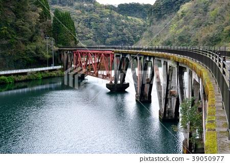 Old Takachiho Railway Abandoned trace No. 3 Gokasegawa Bridge 39050977