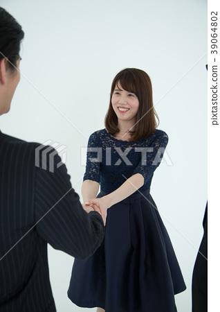 婚姻伴侶的選擇 39064802