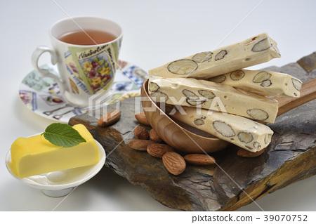 餅乾,糖果,牛軋糖,静物,特產,小吃,甜點,特色小吃,杏仁果,茶,起司 39070752