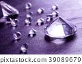 different diamonds 39089679