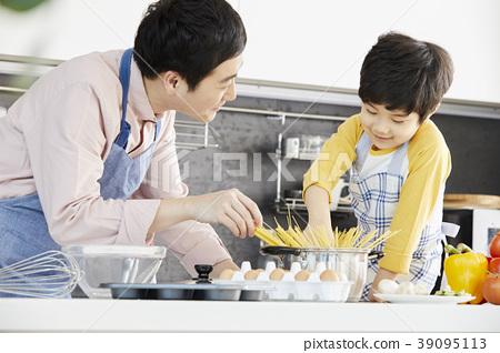 烹飪,爸爸,兒子,韓國 39095113