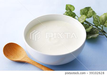 酸奶 39102628