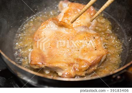 Chicken steak 39183406