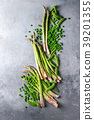 Young Green asparagus 39201355