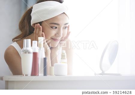 女性皮肤护理 39214628
