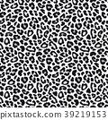 White leopard or jaguar seamless pattern. Modern 39219153