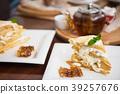Honey cake with vanilla cream 39257676