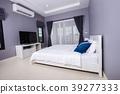 bedroom interior in home 39277333