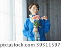 一個年輕成年女性 女生 女孩 39311597