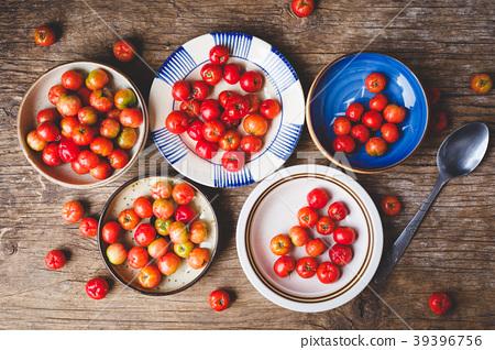 Babados cherry fruits-Malpighia glabra fruits 39396756