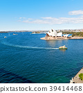 opera house and the boat 39414468