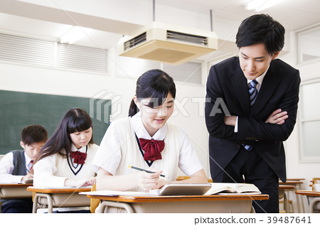 高中生課堂學習課堂 39487641
