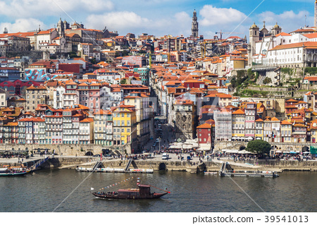 Aerial v iew of the historic city  Porto, Portugal 39541013