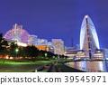 มุมมองตอนกลางคืนของ Minato Mirai 39545971
