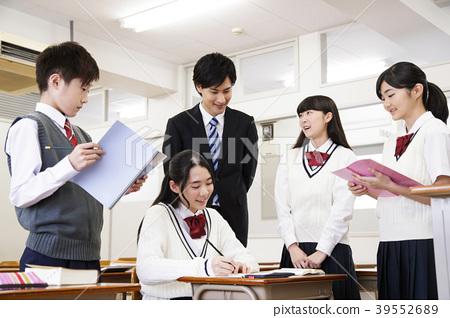 學校課堂學生上課學習 39552689