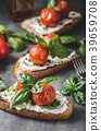 Bread cheese spread baked tomato 39659708