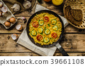 Vegetable frittata 39661108