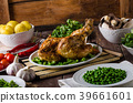 Grilled chicken with wine and potatoes 39661601