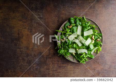Fresh salad bio 39662042