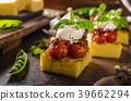 polenta grilled tomato 39662294