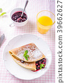 Homemade crepes with berries 39662627