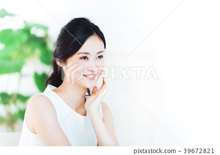 年輕女子的美麗 39672821