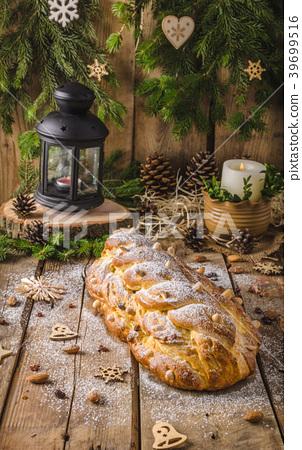 Traditional Czech Christmas cake 39699516