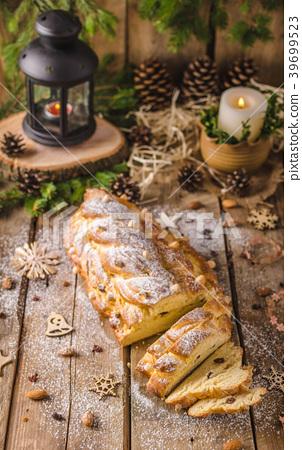 Traditional Czech Christmas cake 39699523