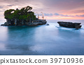 Pura Tanah Lot at sunset, Bali 39710936