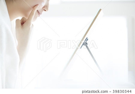女性美容護膚品 39830344