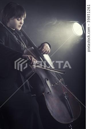Musician 39851261
