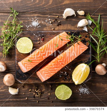 Fresh raw salmon fillet, flat lay 39870374