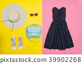 fashion wardrobe woman 39902268