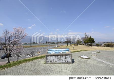 아즈사가와 휴게소 위 벚꽃과 알프스 39924084